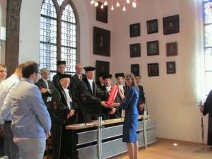 tribunal tesis lorenza 3